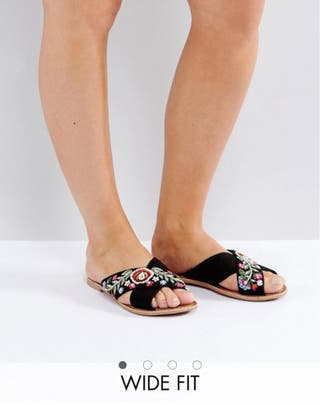 New Look Wide Fit Embroidered Cross Stap Mule-size