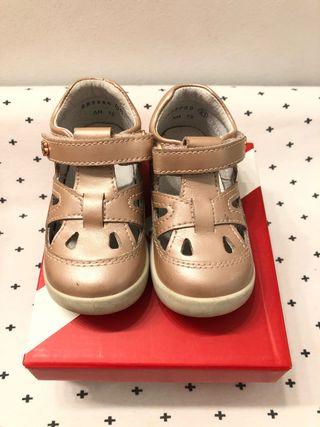 Zapatos kickers bebe niña talla 21