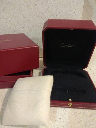 Caja Cartier original súper nueva .