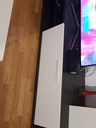 mueble tv blanco y gris oscuro