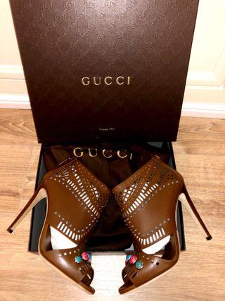Zapatos Gucci un lujo a tu alcance talla 40