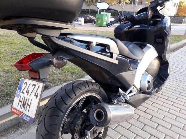 Honda Integra NC700D