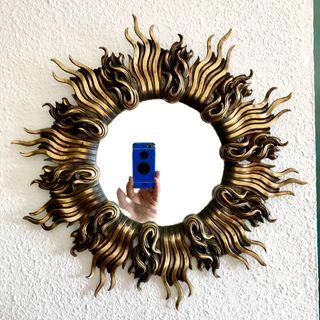 Espejo sol de fundición bronce