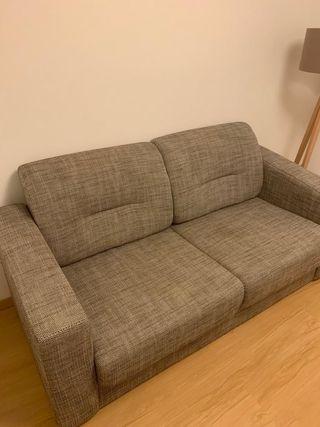 Sofá cama casi sin usar.