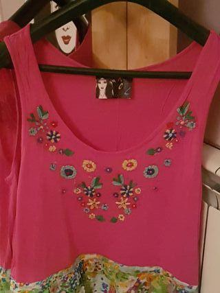 Vestido flores bordadas