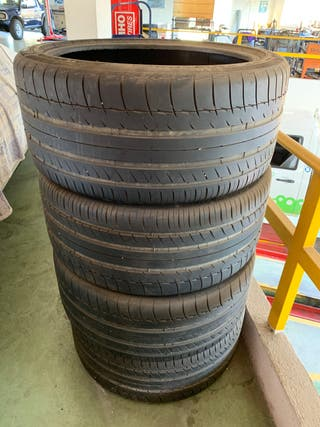 4 neumáticos Michelin 295/35R 21 107Y