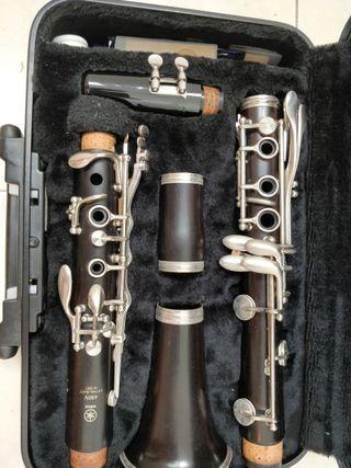 Clarinete Yamaha 450N
