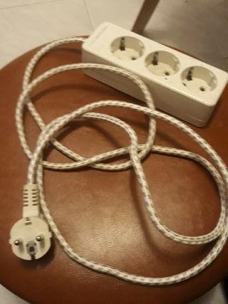 alargue con 3 salidas de corriente