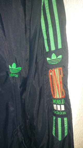 Chaqueta Adidas Retro [One World].