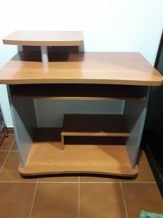 taula per ordenador