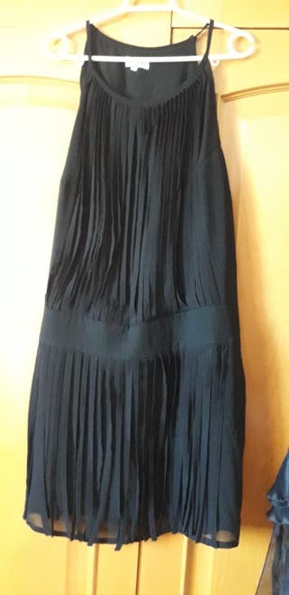 vestido de tirantes negros