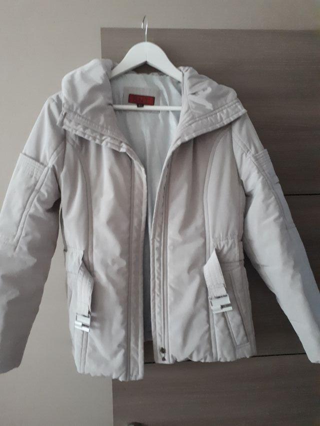 se venden abrigos