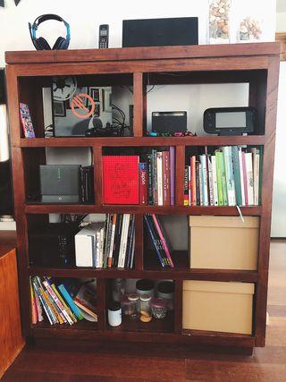 Mueble librería estilo colonial