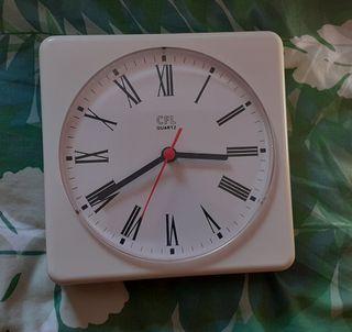 Reloj de pared CFL Quartz