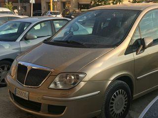 Lancia Phedra 2004