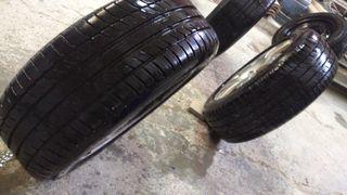 4 llantas con neumáticos