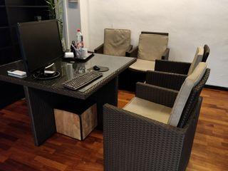 Mesa y sillas de terraza o jardin