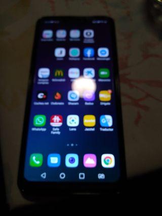 LG G7. 4GB RAM 32GB
