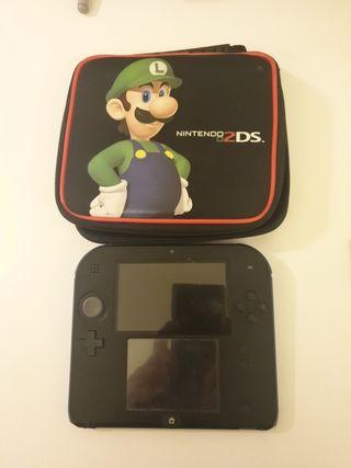 Nintendo 2DS +funda 2DS