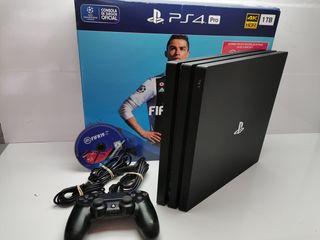 Consola PS4 PRO Jet Black con fifa 19