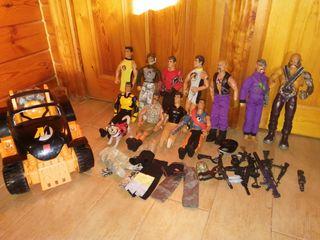 lote muñecos Action man y coche