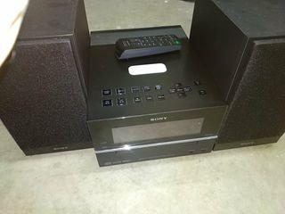 Minicadena Sony MP3 con mando a distancia