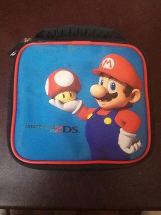 Funda Nintendo 2DS (con juego)