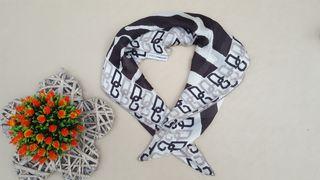 Dolce y Gabbana pañuelo de seda
