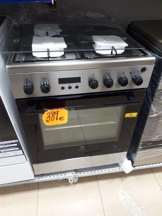 Cocina COMBINADA ELECTROLUX EKM66722OX INOX