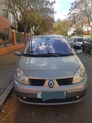 Renault Grand Scenic II 2005