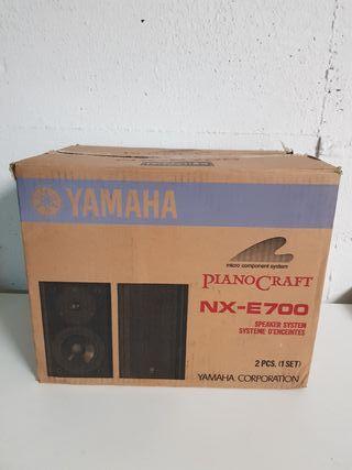 altavoces YamahaNX-E700