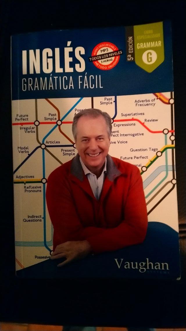 """Libro """"Gramática fácil"""" de Vaughan de inglés"""