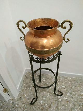 jarrón/olla de cobre con peana (soporte)