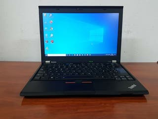 portátil Lenovo i3