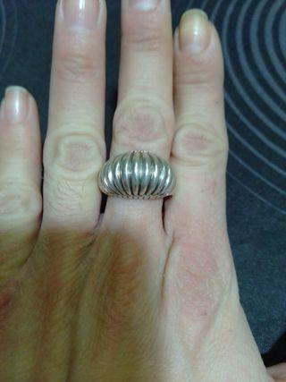 anillo de plata grabado