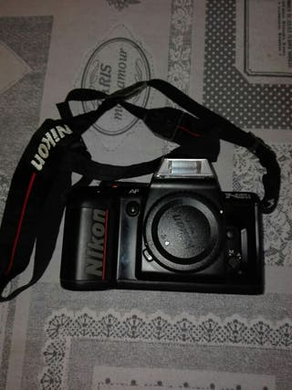 Cámara fotos analógica Nikon F-401S