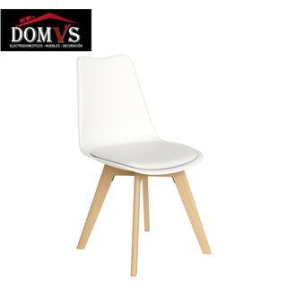 Silla blanca con asiento en polipiel