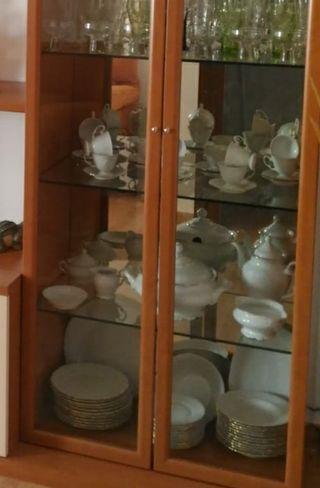 Vajilla de porcelana con filo de oro alhambra