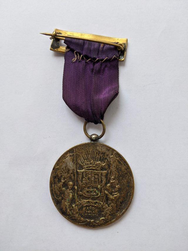 MEDALLA DE LA FIDELIDAD 23-8-1939-5ª COLUMNISTA