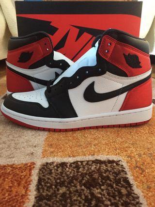 Nike Jordan 1 Satin black toe (Deadstock)