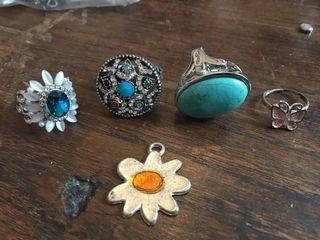 4 preciosos anillos