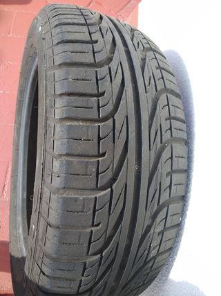 neumático Pirelli 185/55 B15