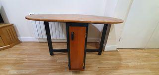 wood dinning table
