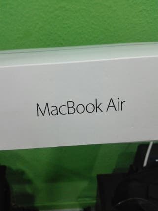 Caja MacBook Air
