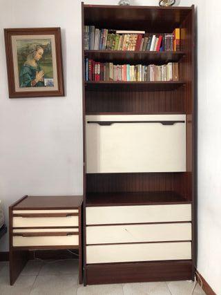 Muebles habitación ( mesilla+ libreria+ cabecero)
