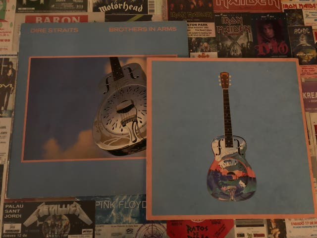 Vinilo y tour book Dire Straits (Brothers in arms)