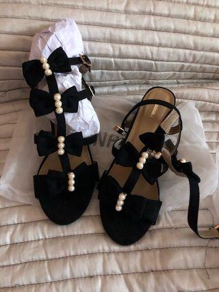 Sandalias con Perlas