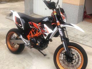 KTM SMC R 690