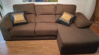 Sofa con chaiselongue