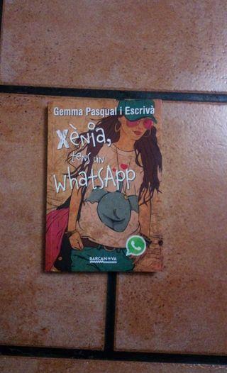 Libro, Xènia tens un whatsapp